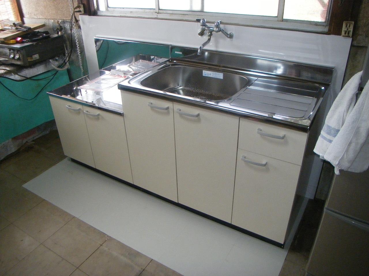 台所の部分的リフォーム 流し台設置